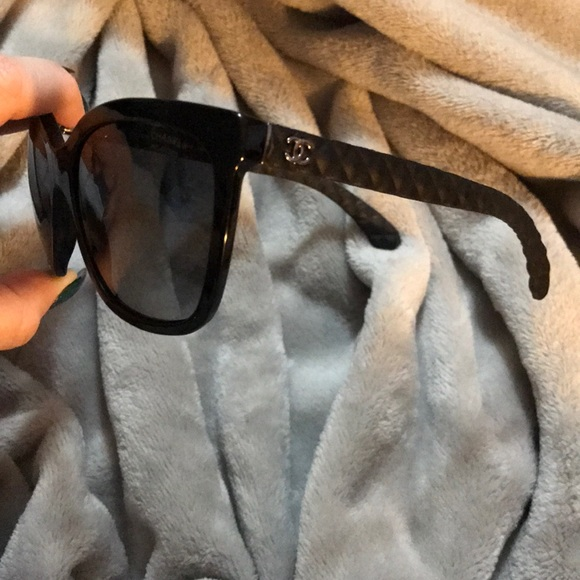 CHANEL Accessories - Women s Chanel sunglasses 73a27ad5af